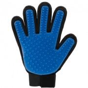 Щетка перчатка для вычесывания шерсти домашних животных True Touch черно-синяя на правую руку